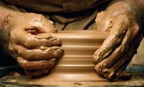 Гончар и глина