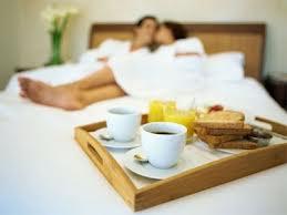 К кофе в постель надо подготовиться